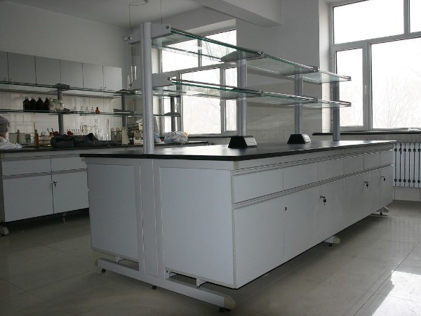 实验室家具可以分为哪三类